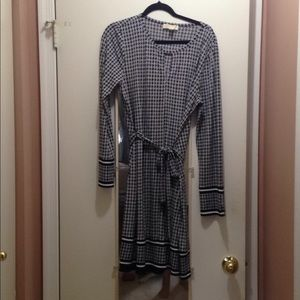 Black and White Pattern Dress with Belt